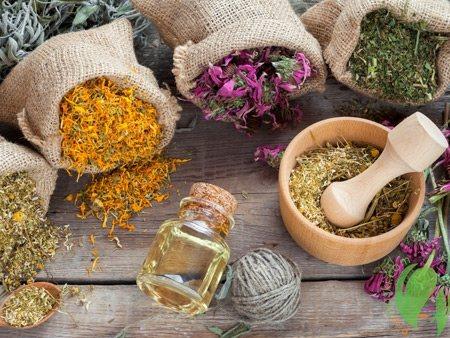 Як прибрати лупа з голови в домашніх умовах швидко і ефективно: лікувальні шампуні, масла, морська сіль, сода
