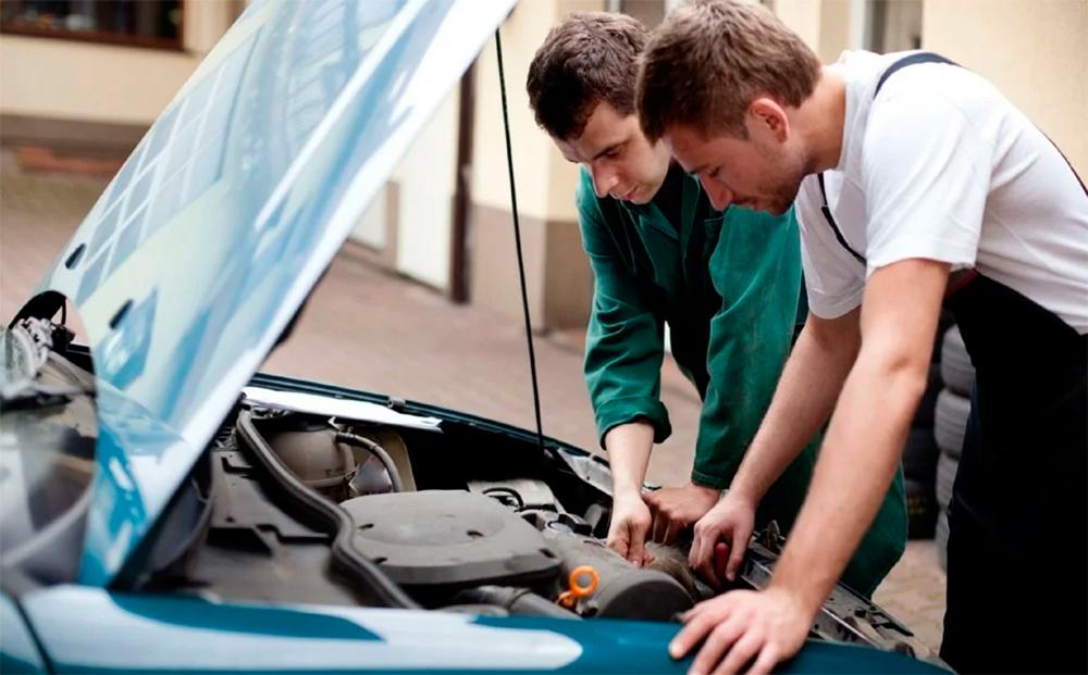 Диагностика двигателя авто на автосервисе перед сделкой