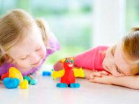 Как познакомить ребенка с творчеством