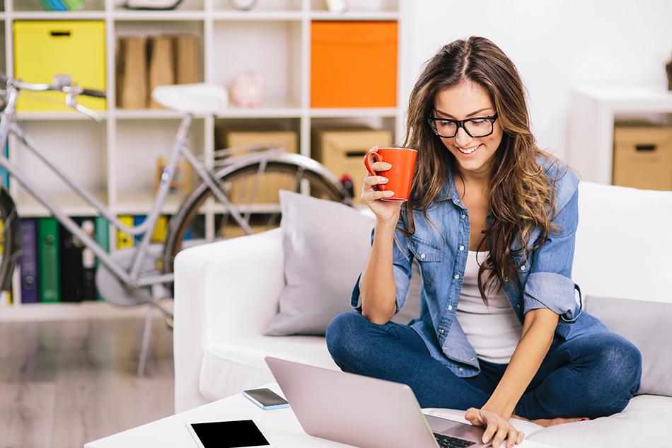 Процесс поиска хорошего стилиста на основе отзывов в интернете