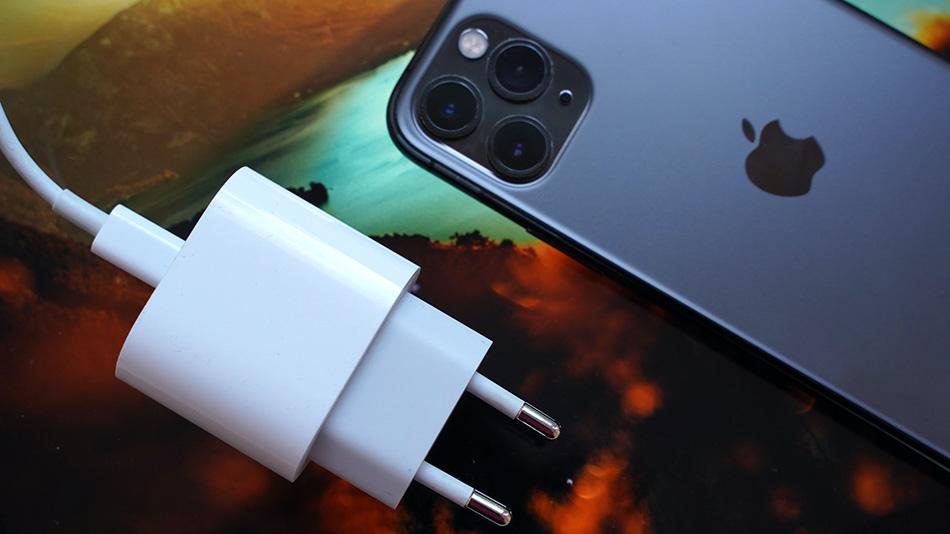 Качественная батарея в 12 Айфоне